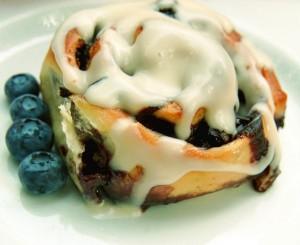 Jumbo Blueberry Cinnamon Buns