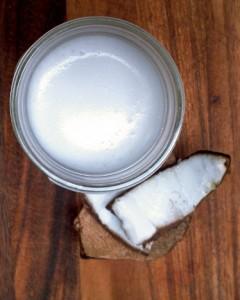 DIY Pantry: Homemade Coconut Milk