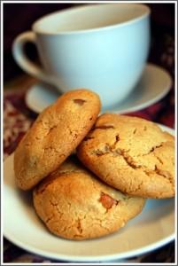 Flourless Peanut & Chocolate Chip Cookies