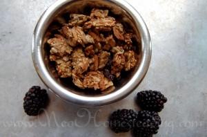 Grain-Free: Crunchy Almond, Sesame & Coconut Granola